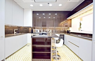 High Floor | Key with Me | Upgraded | View Today -