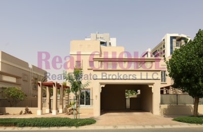 Fully Maintained Villa In A Beautiful Community -