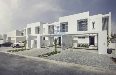 3 Bedroom Villa in Arabella Townhouses -
