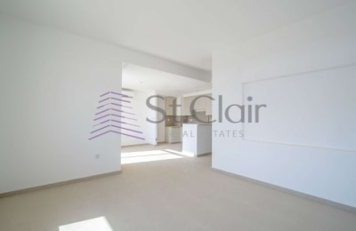 Newly Handed Over 2 Bedroom in Zahra Breeze -