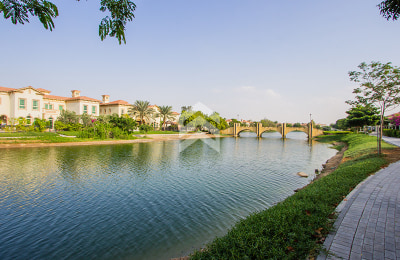 Beautiful Lake View In District 4 With Pool -