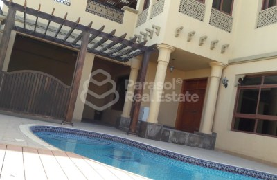 5 BR Compound Villa directly on Canal with private Pool -