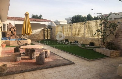 Family Home in the heart of Jumeirah for rent -