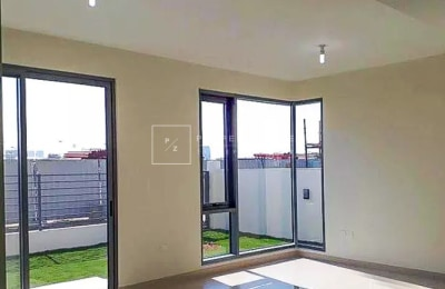 Single Row | Park View | 4 Beds + Maids -