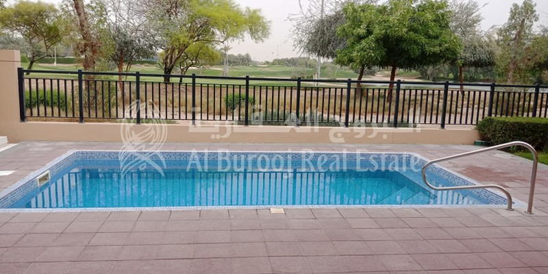 Special promotions- Private Pool - Golf Course View -
