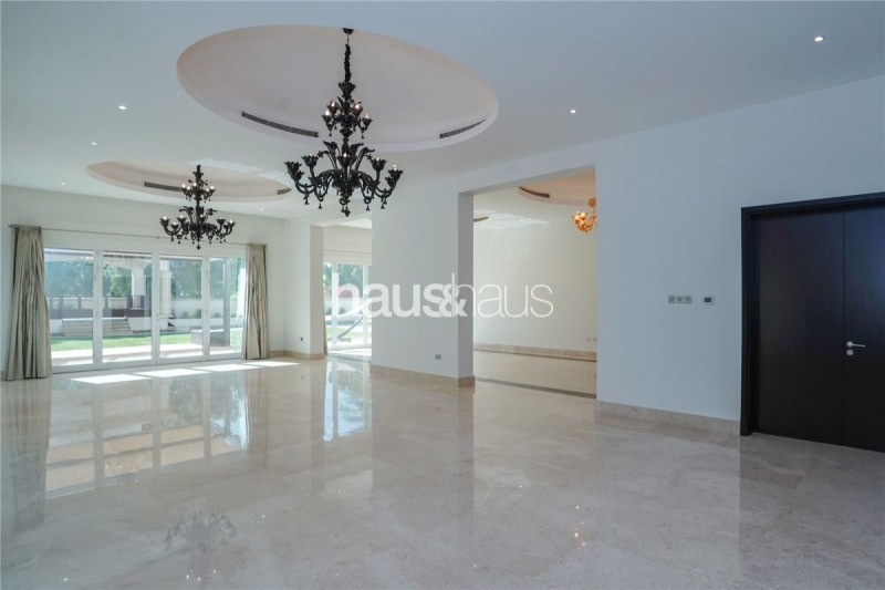 Recently upgraded | Golf Course View | Vacant now -