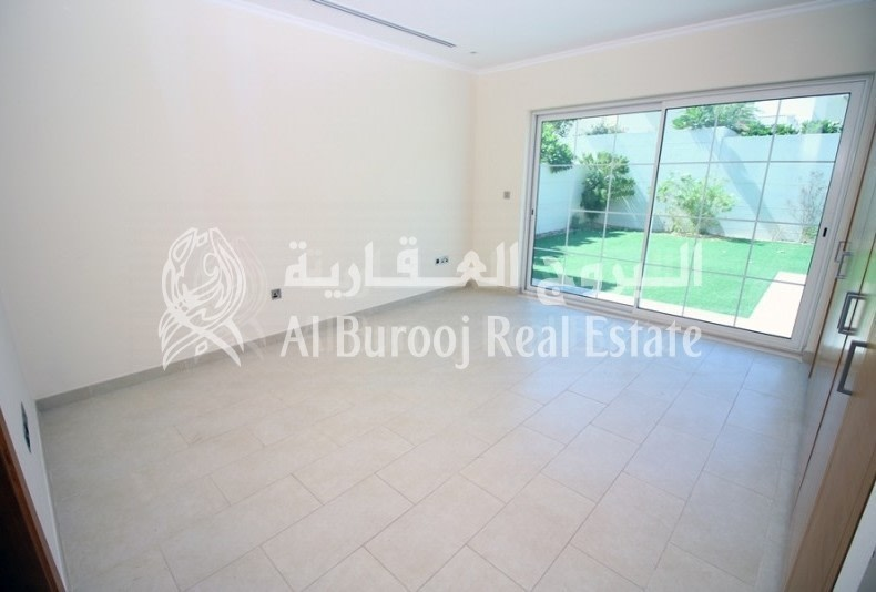 Jumeirah Park | 4BR+Maids | Legacy Small | -