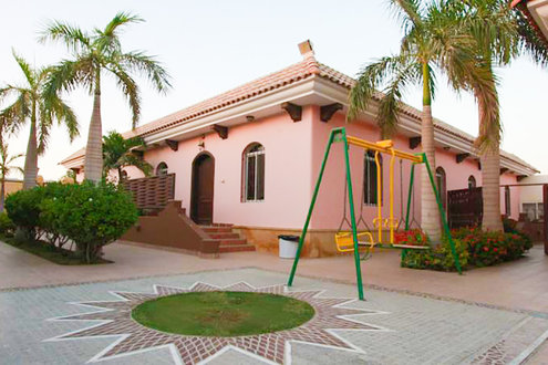 villas for sale in Reem