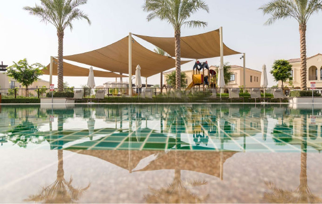 Community pool at Sun in Arabian Ranches 3