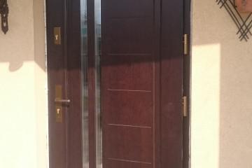 Montaż drzwi drewnianyh AGMAR
