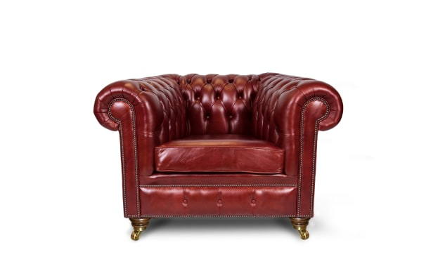 1 Seater Chesterfield Sofas Perfect For Those Smaller Spaces 1