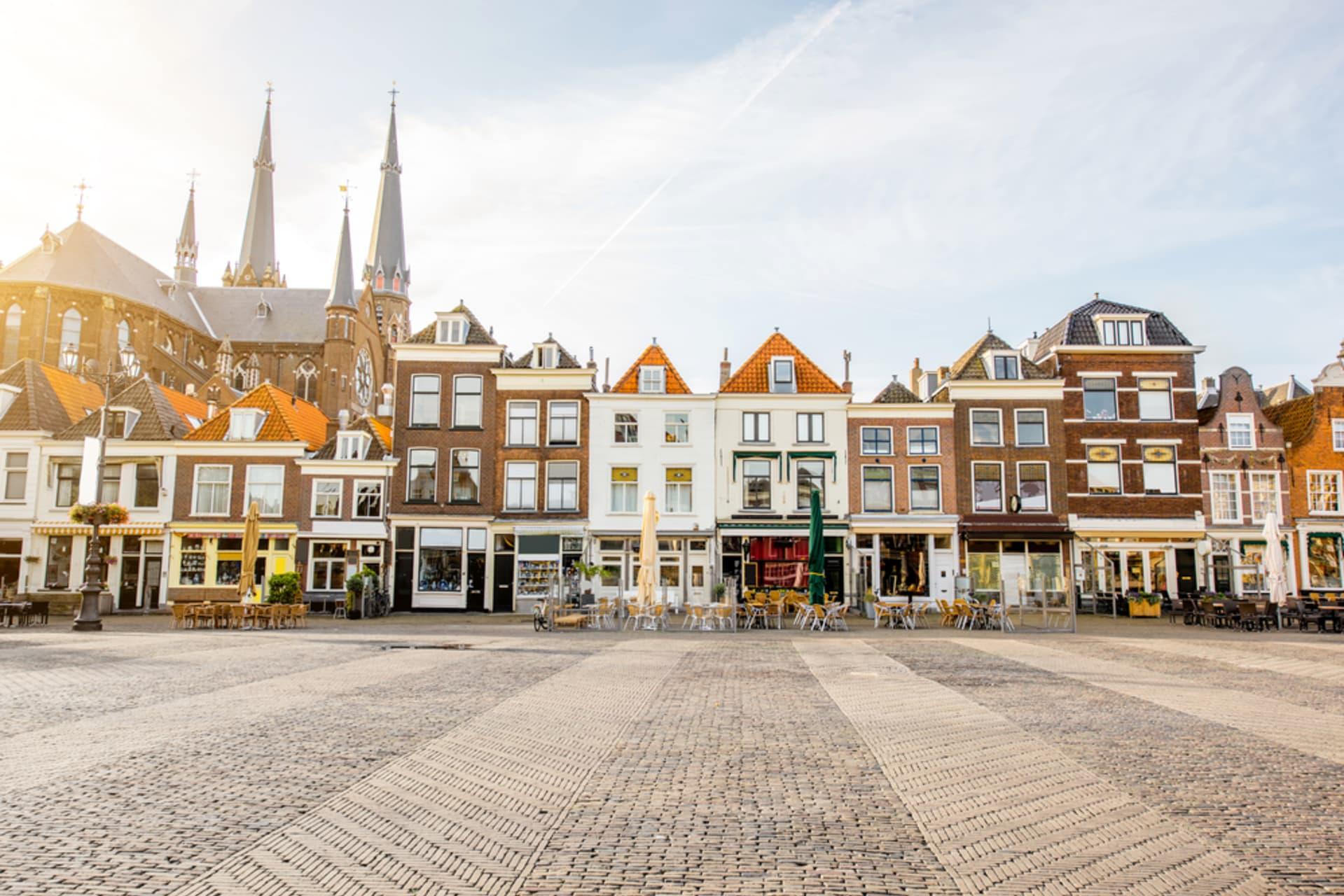 Delft cover image