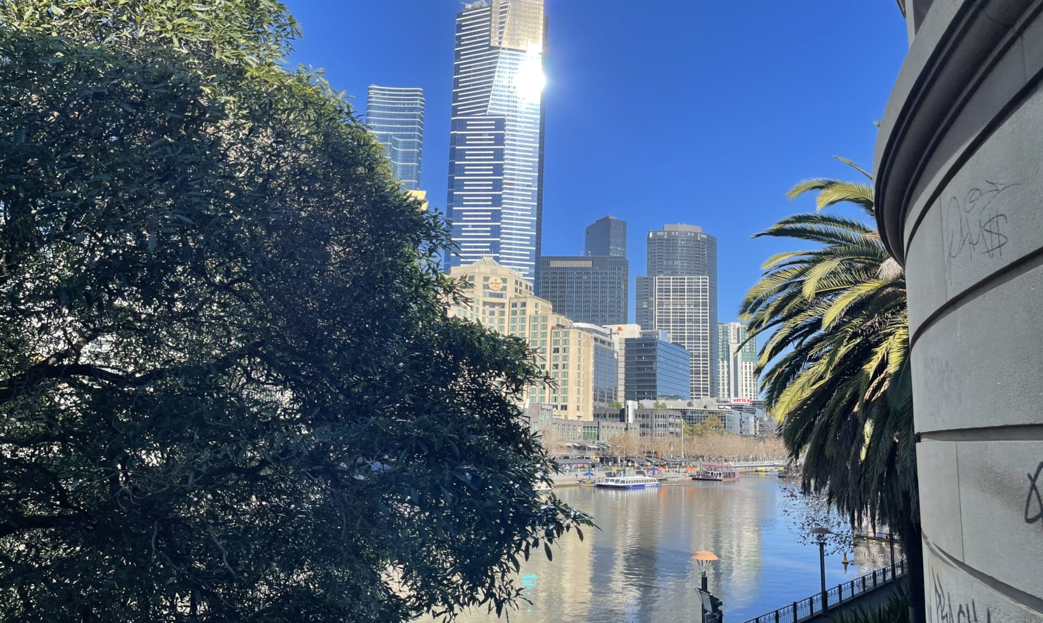 Melbourne - Cruising Up the River