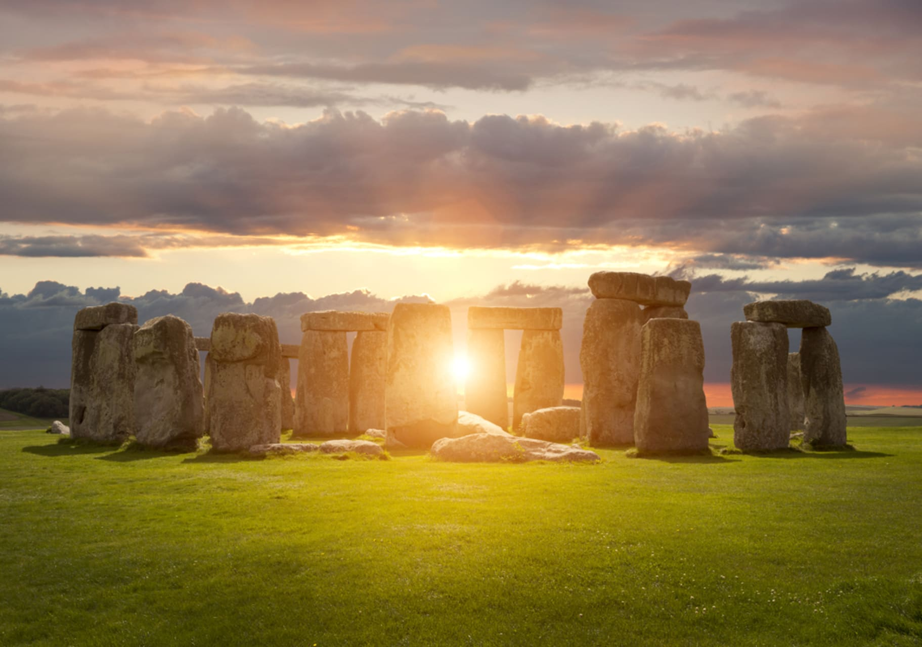 Wiltshire - Stonehenge special tour ahead of midsummer solstice