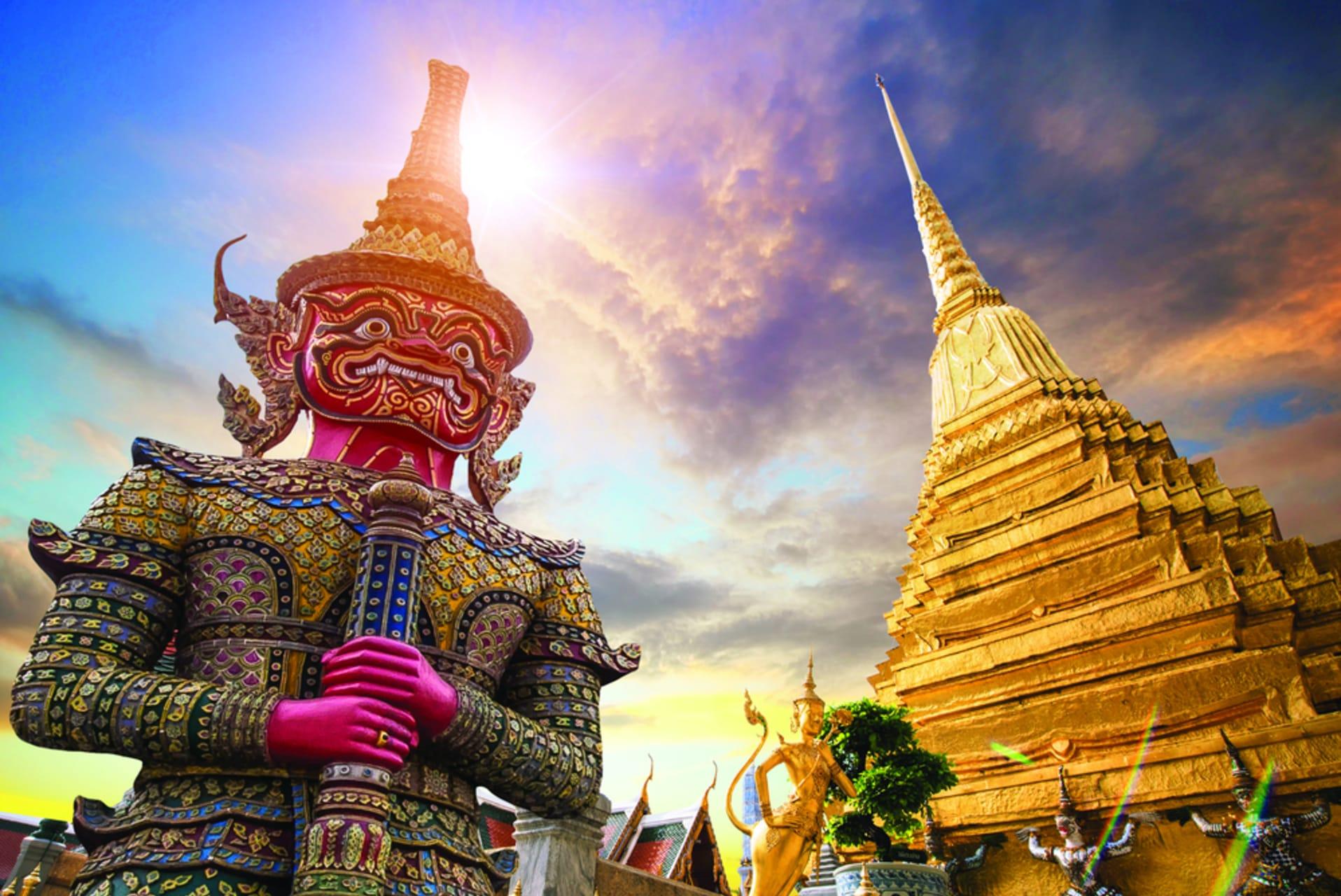 Bangkok - Grand Palace & Royal Temple of the Emerald Buddha