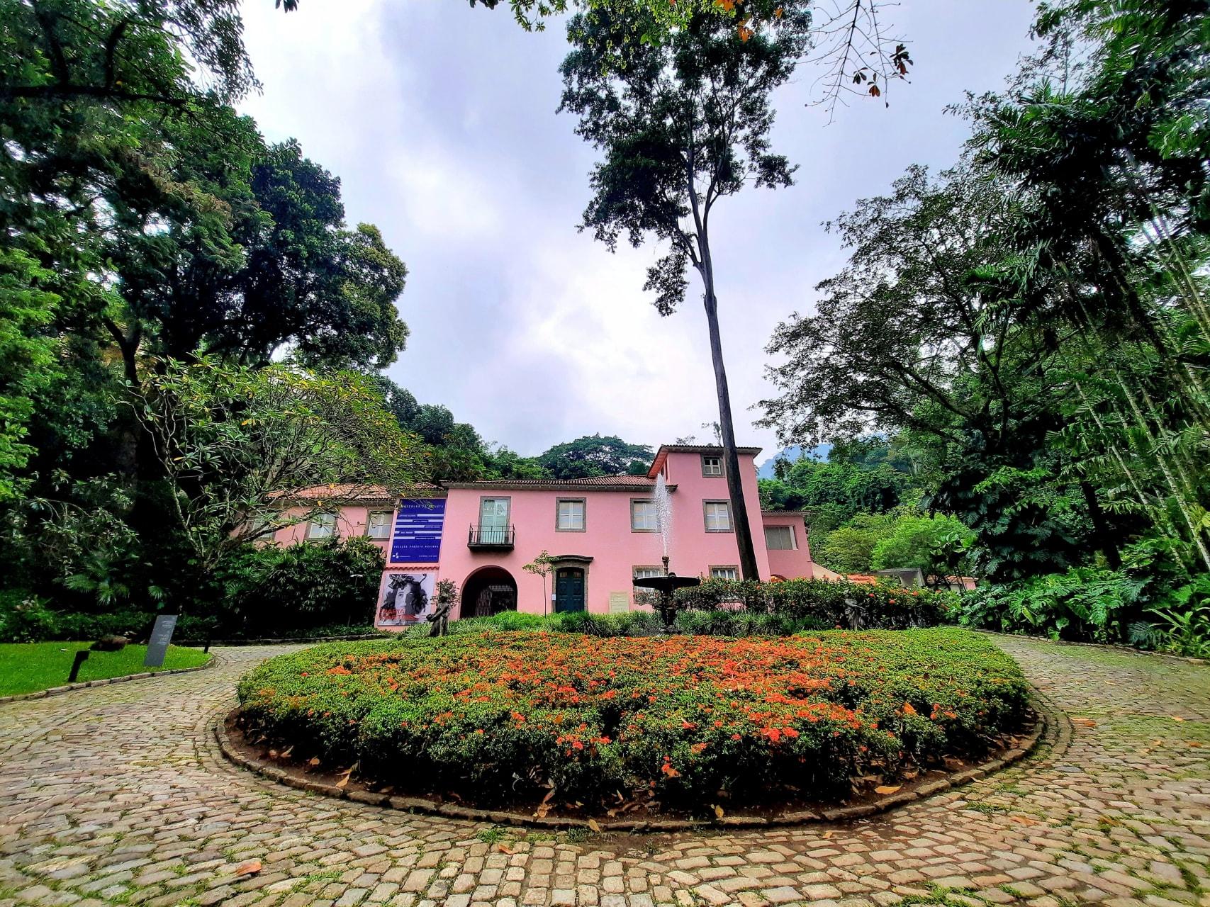 Rio de Janeiro - Roberto Marinho's House and Art Collection in Rio de Janeiro