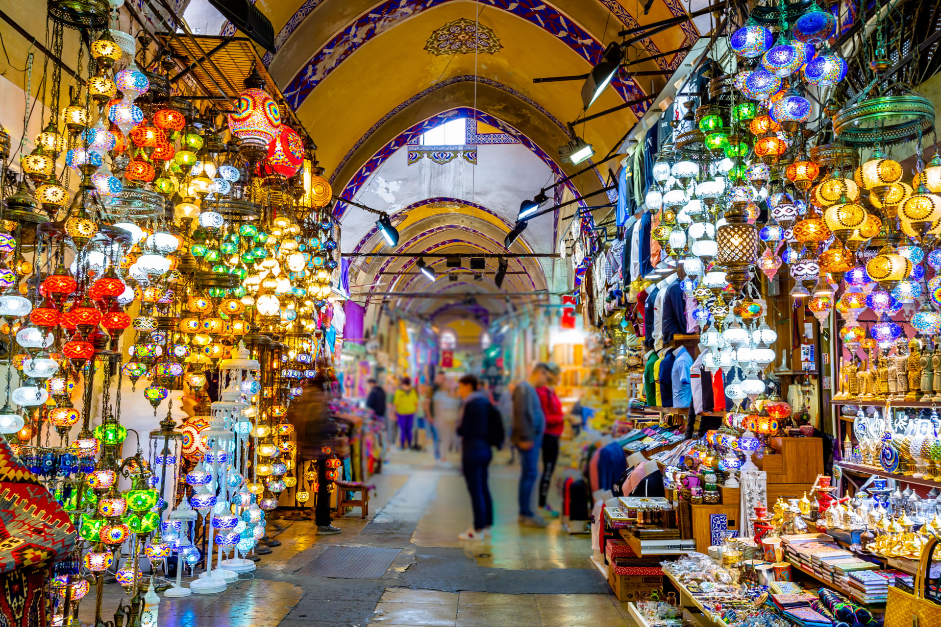 Istanbul - Historical Bazaars and Turkish Shopping Tradition