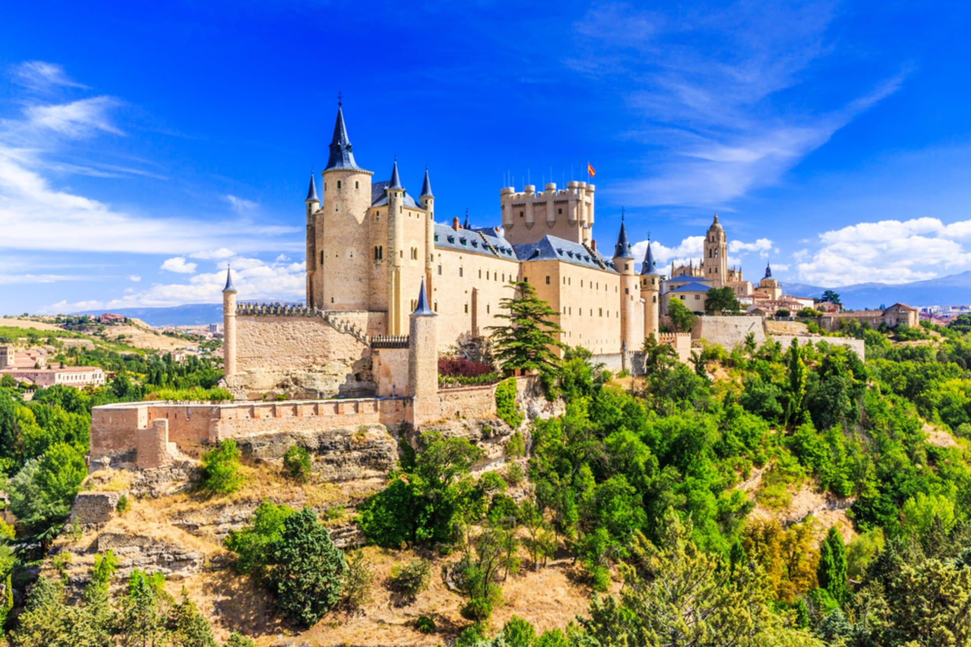 Segovia - Segovia, Nature, the River, the Dazzling Castle (Alcázar) and You