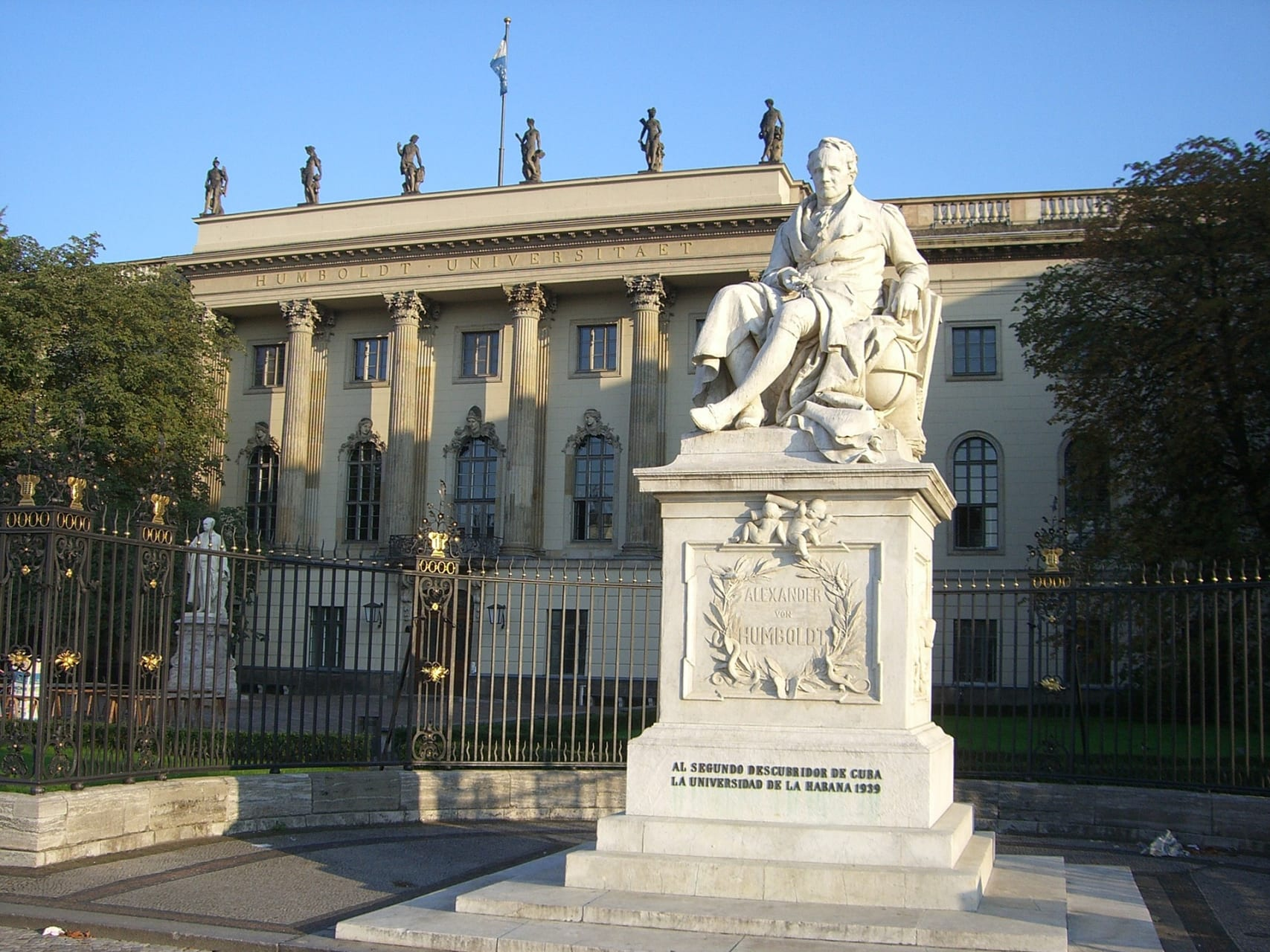 Berlin - From Gendarmenmarkt to Bebelplatz: From Prussia's Glory to the Shame of a Nation