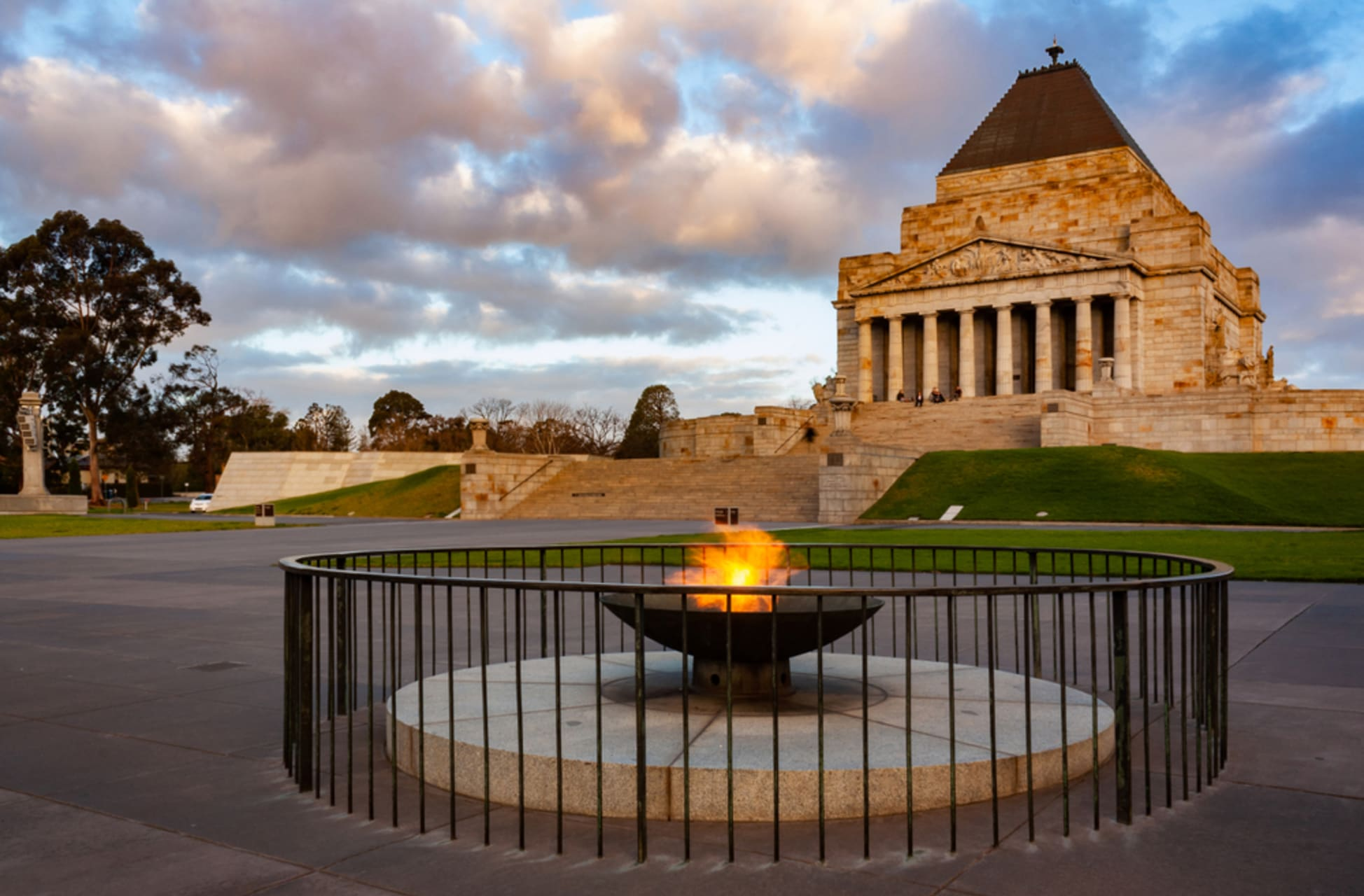 Melbourne - The Shrine and The Gardens