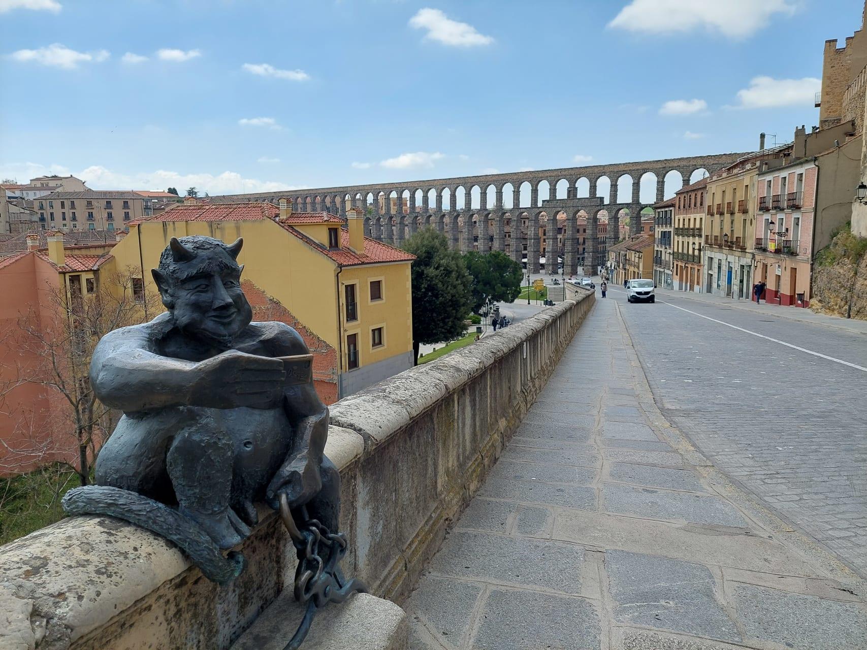 Segovia - More than 3 Truths, 2 Lies, 1 Legend