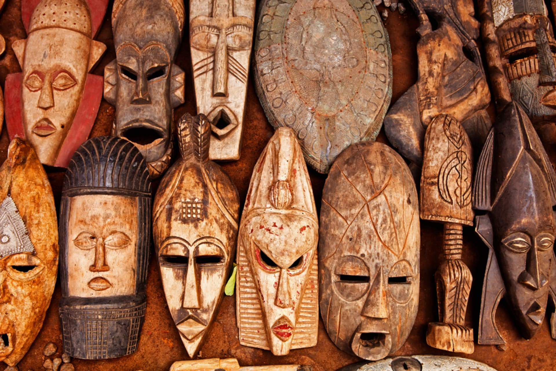 Accra - Wood Carvings/Sounds of Drums