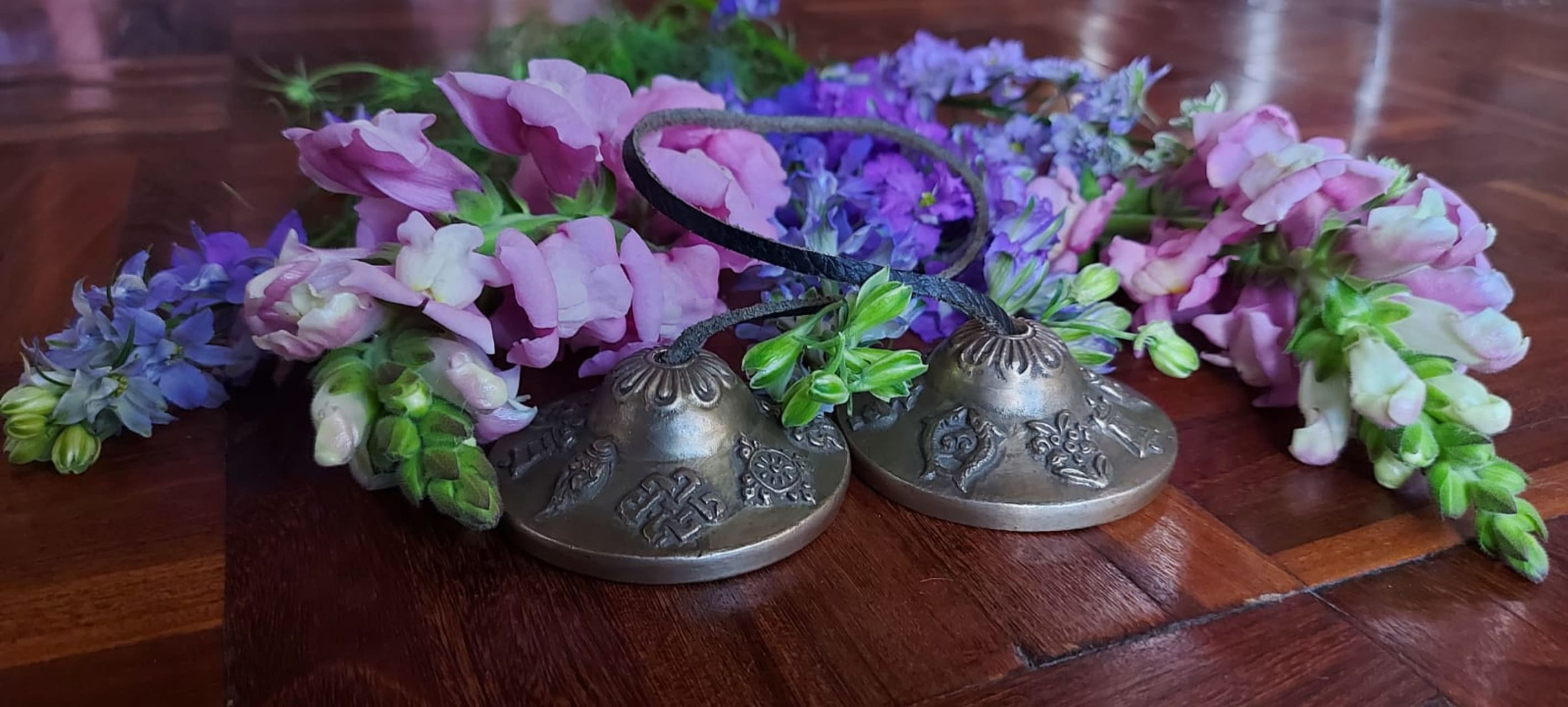 Quito - Bells Therapy and Relax your Body