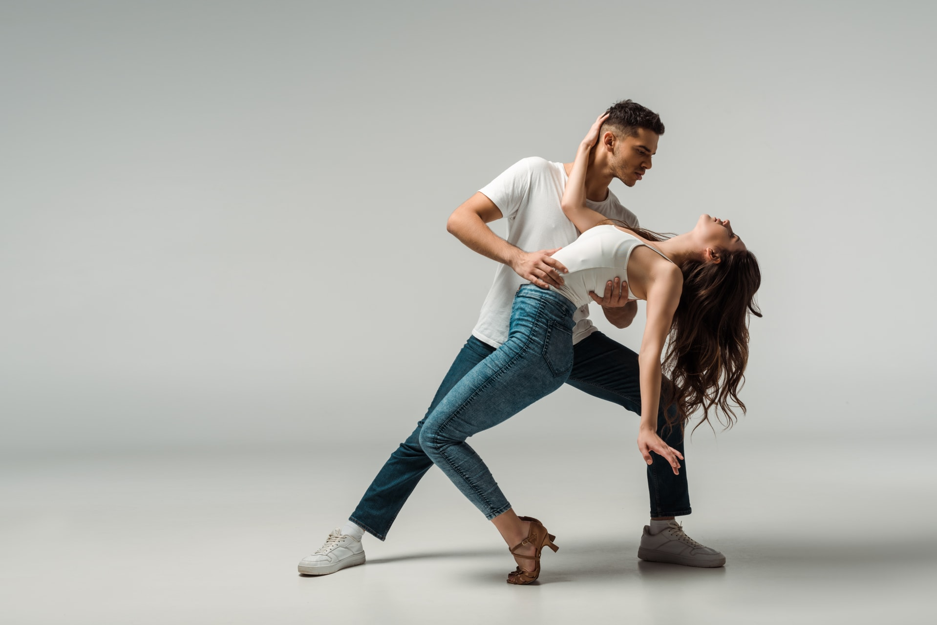 Quito - Dance with us! Learn 4 styles: Merengue, Salsa, Bachata, Reggaeton lessons
