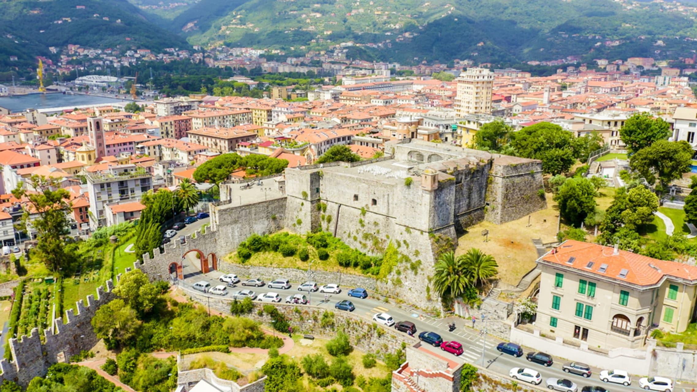 Cinque Terre & Portovenere - La Spezia an impressive city to discover - part 1 - The Port, the front sea promenade and the military Arsenal