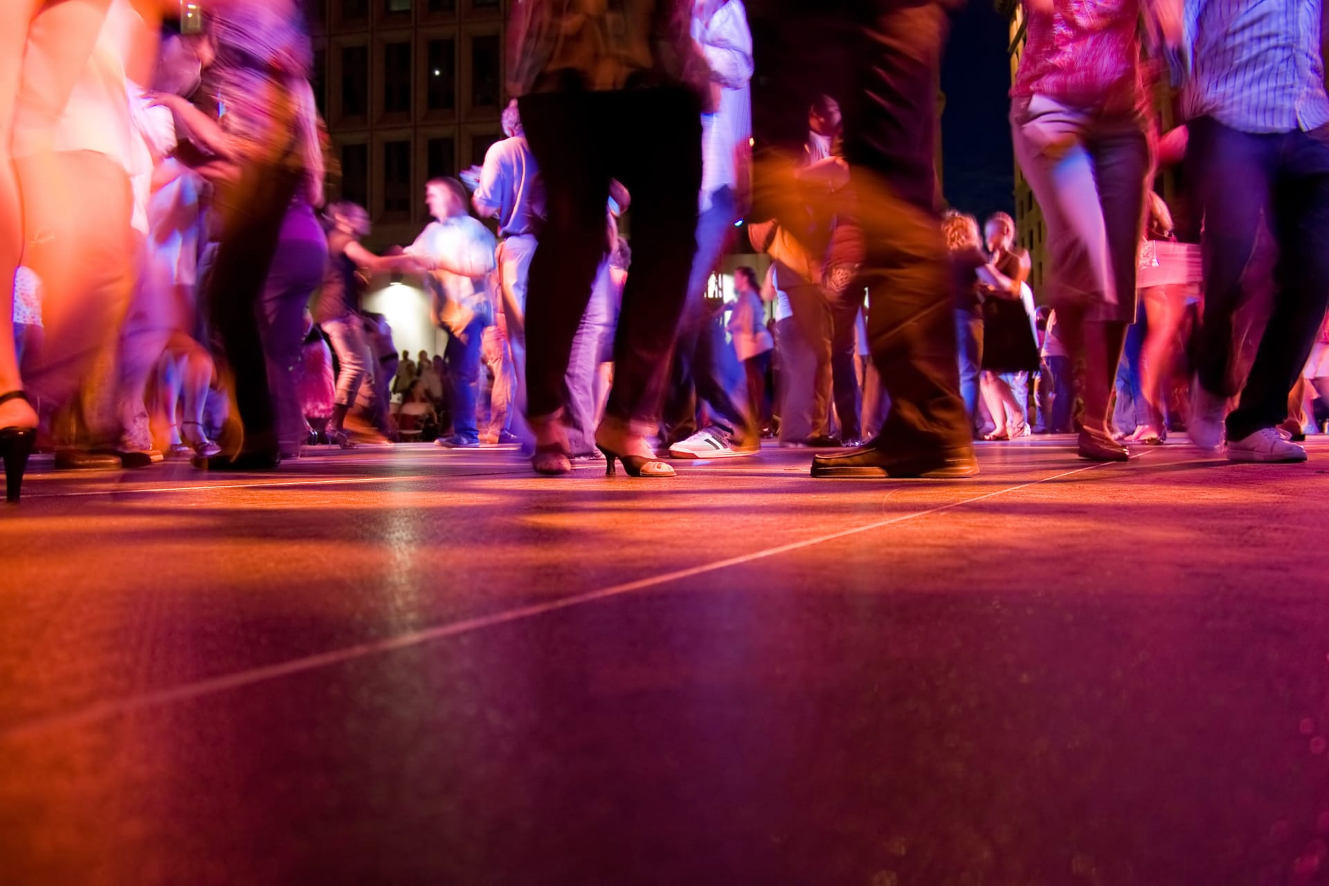 Medellín - Get On Your Dancing Shoes, Colombian Style