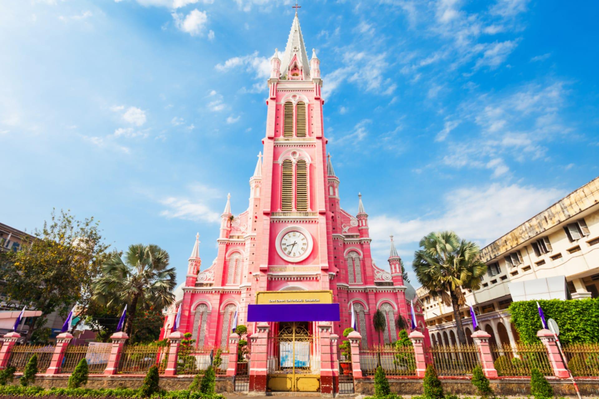 Ho Chi Minh City - Saigon Secret Gems - Day 7: The Pink Church and The Forbidden Hero