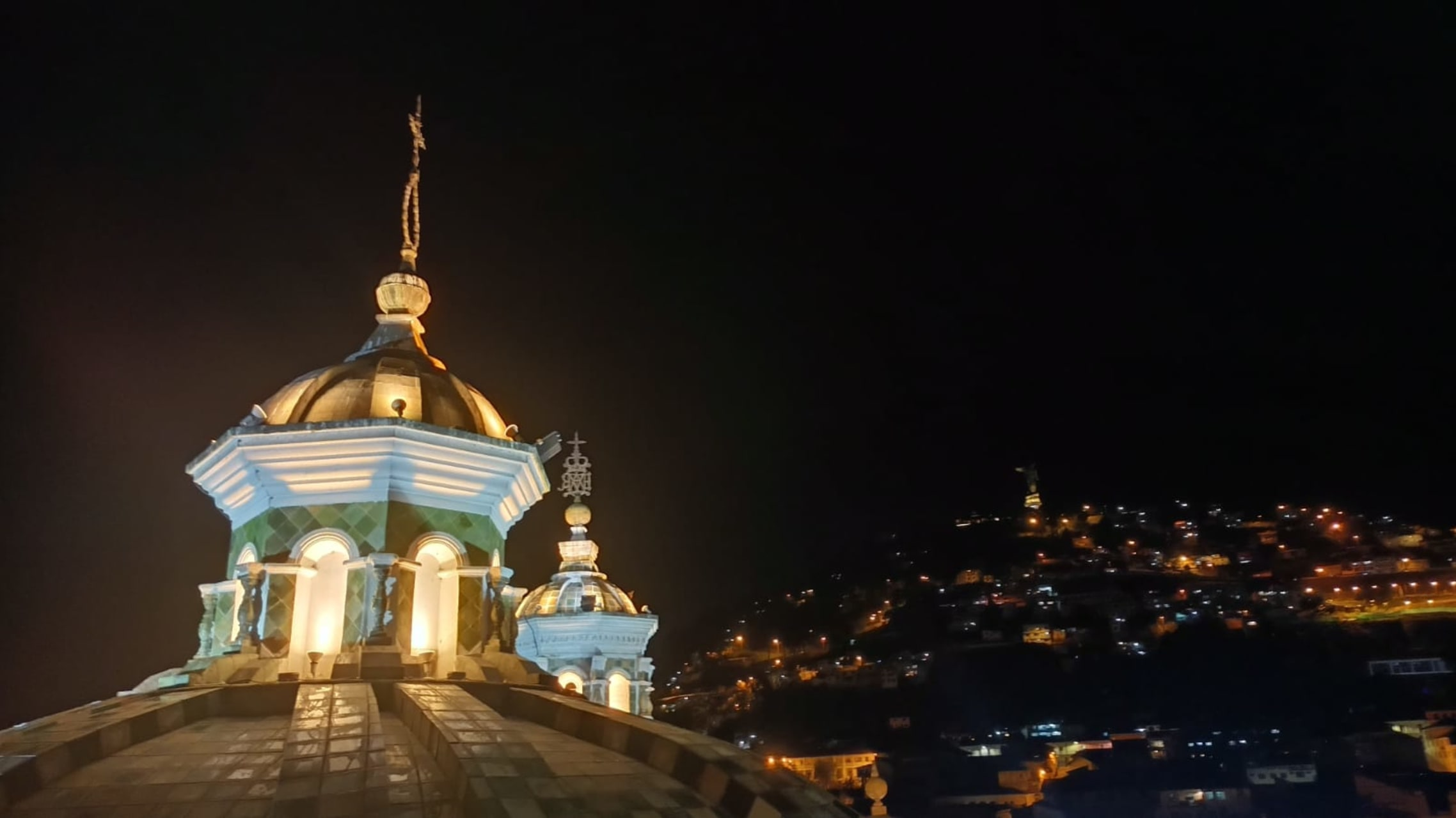 Quito - Enjoy Quito at Night from the Domes of One Important Church