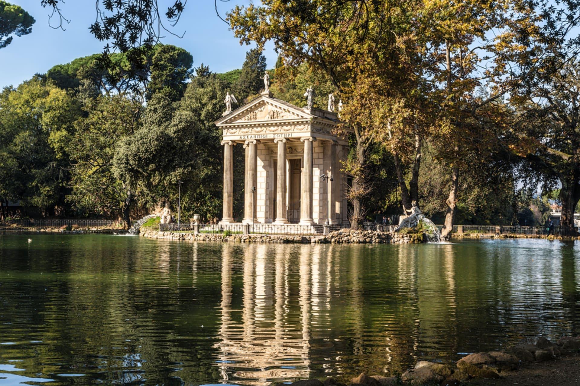 Rome - Special: Romantic Stroll and Boat Ride in Villa Borghese