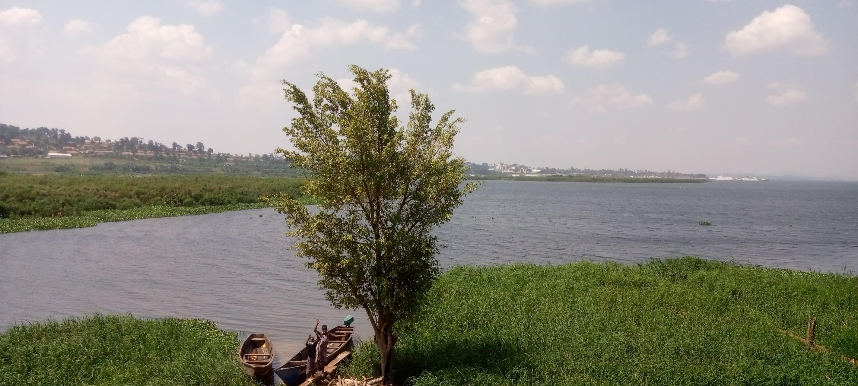 Kampala - UG Kids I: Learning Luganda Language by Lake Victoria Shores