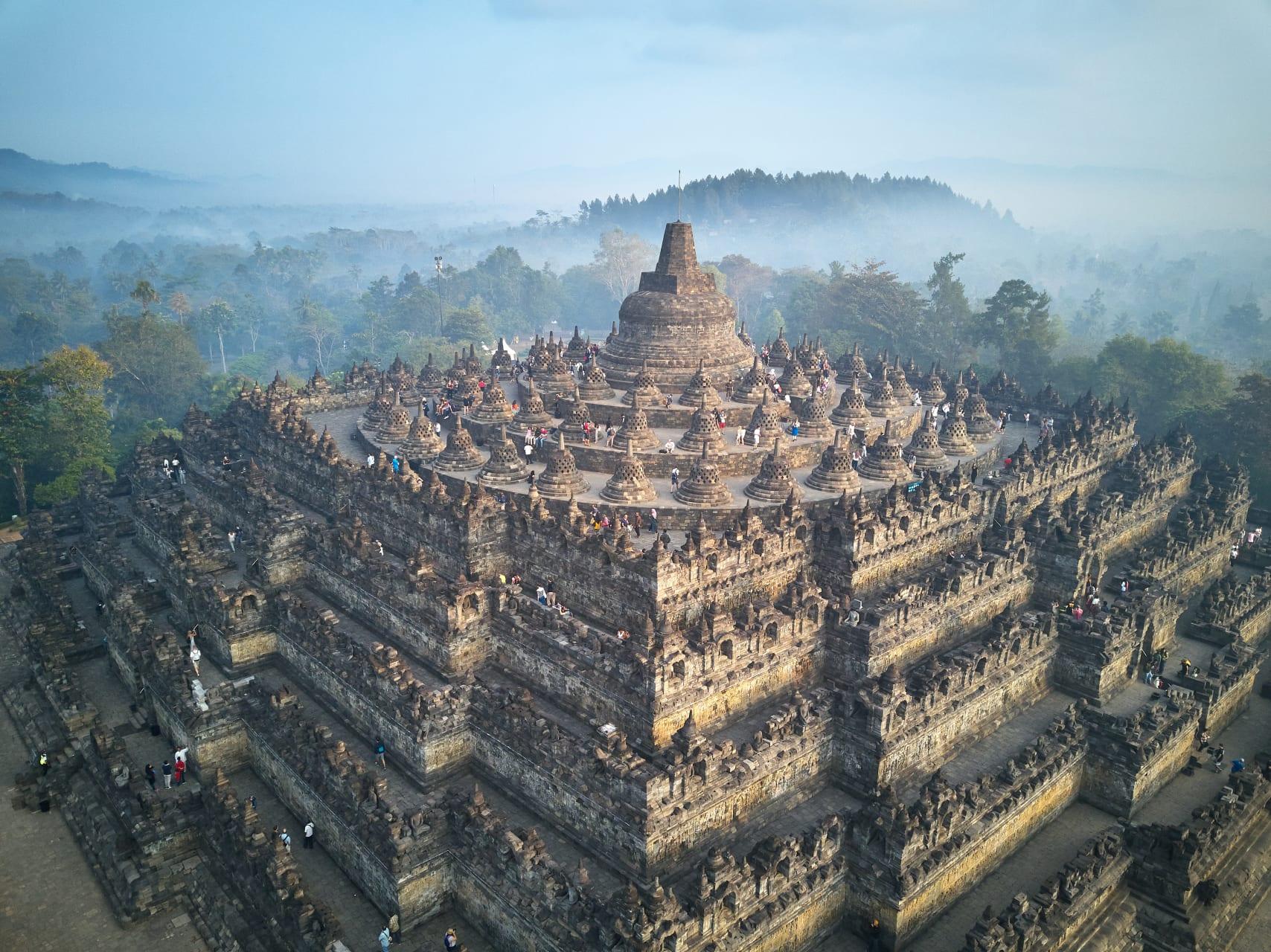 Yogyakarta - Borobudur : The World's Largest Buddhist Monument