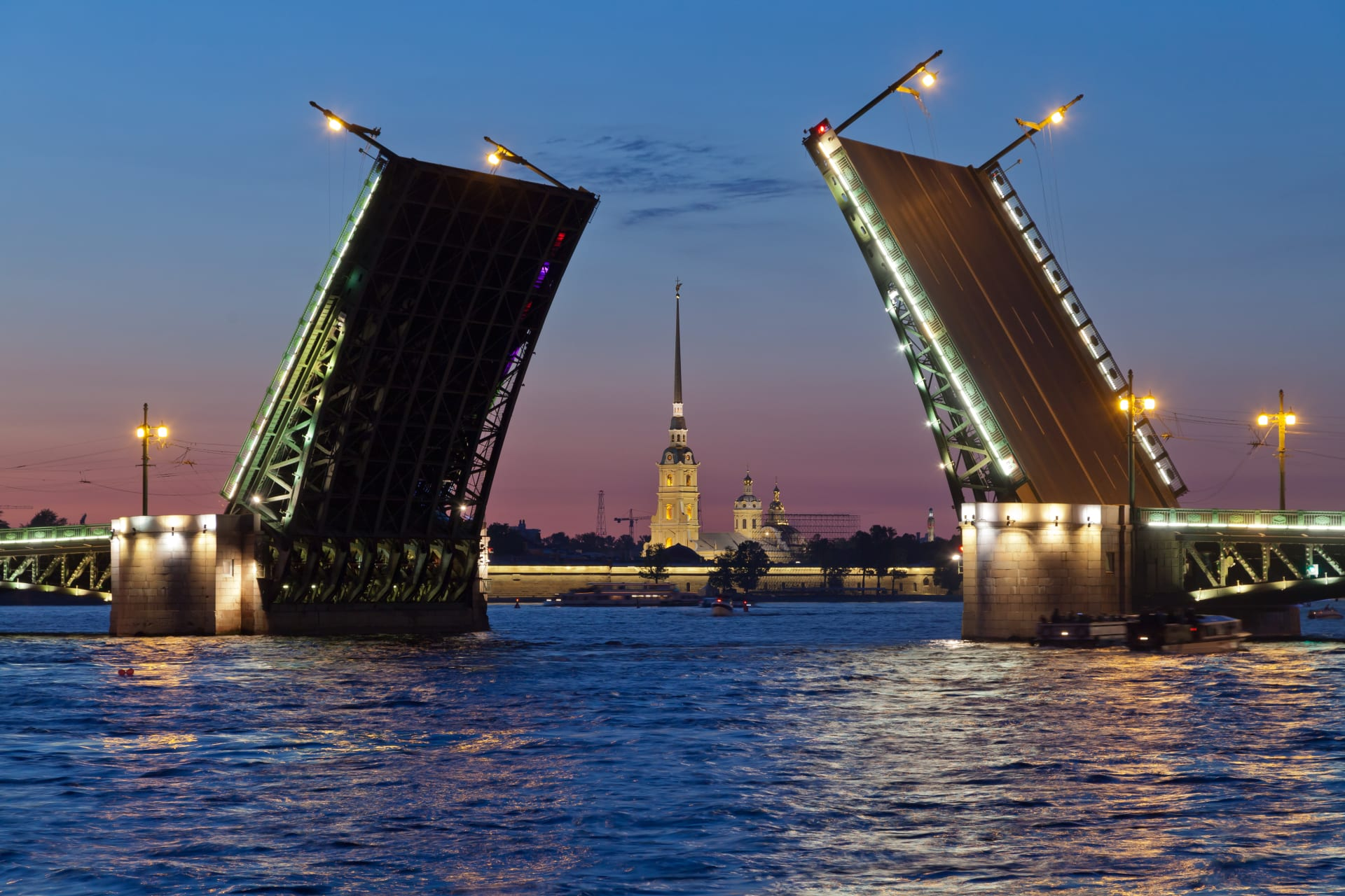 Saint Petersburg - White Nights Special: Boat Trip