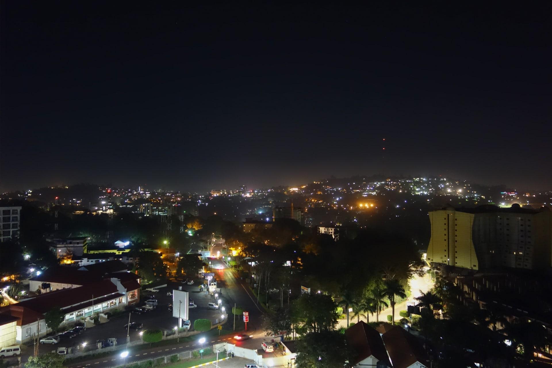 Kampala - Rooftop: Watch Darkness Engulf Kamwokya Ghetto & Kampala Horizons