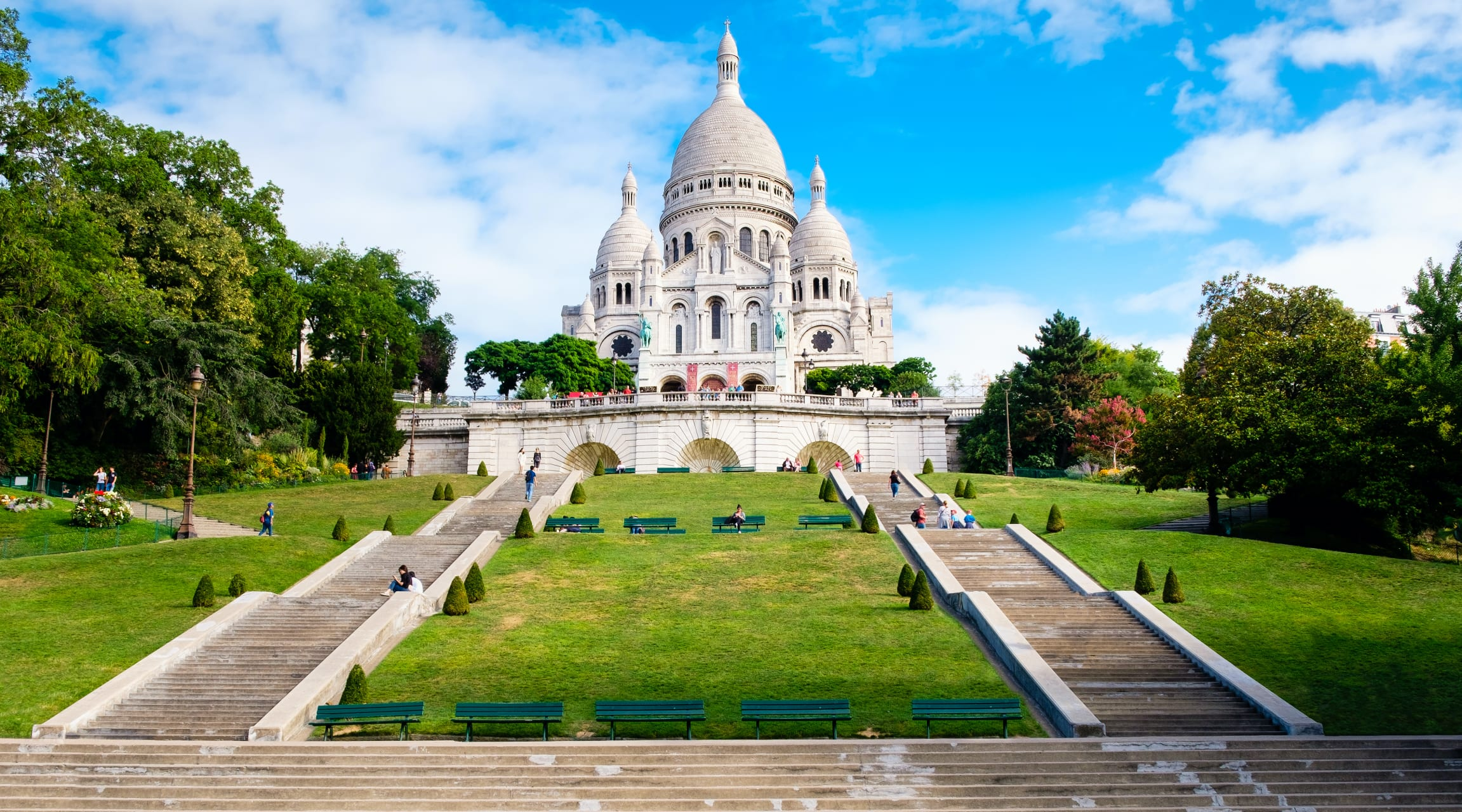 Paris - 10 Most Incredible Churches In Paris: N°9 Basilica of the Sacred Heart