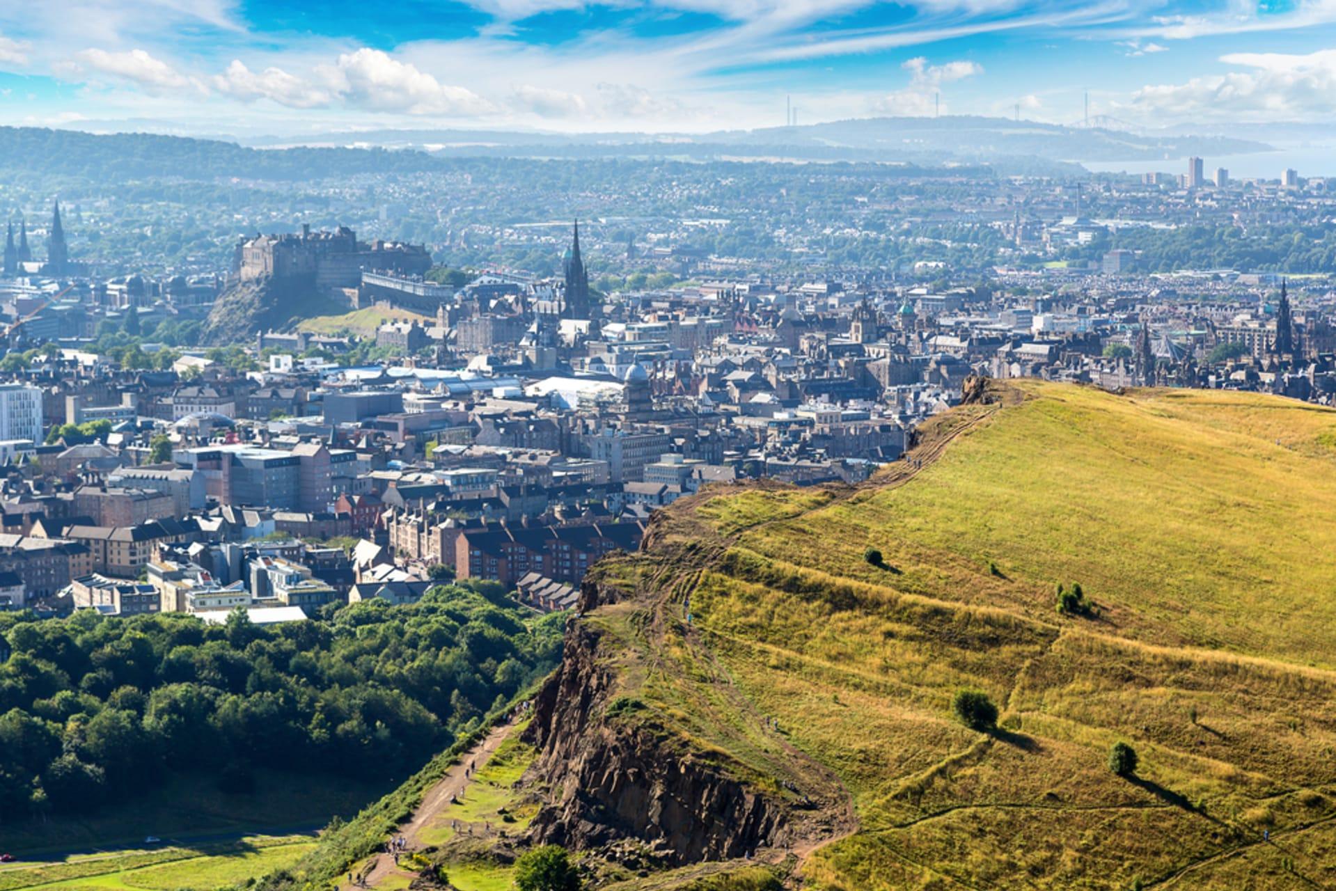 Edinburgh - Arthur's Seat - views from an ancient volcano!