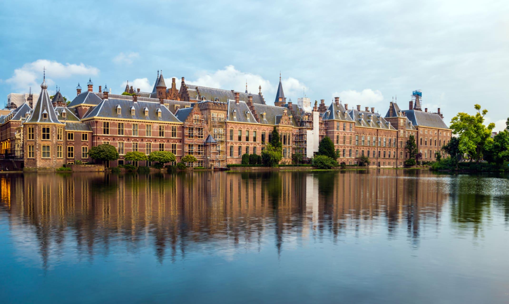 The Hague - Bike the Dutch cities 1.  The Hague, the Royal city.