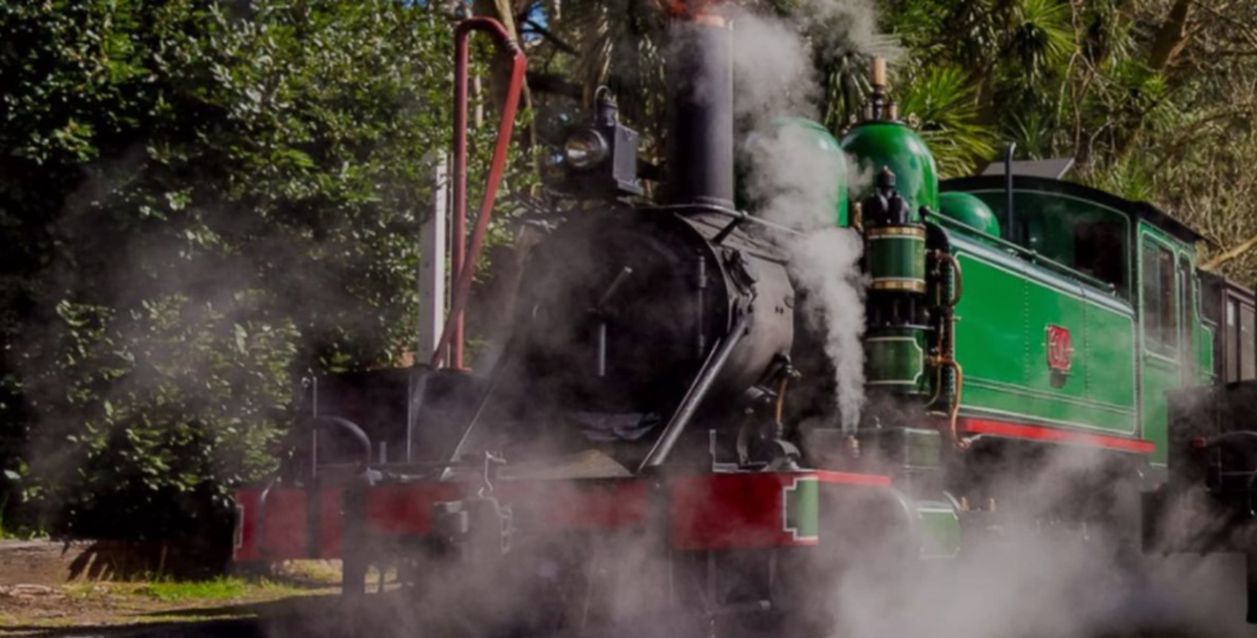 Melbourne - Travel into the Past on the Puffing Billy Steam Train