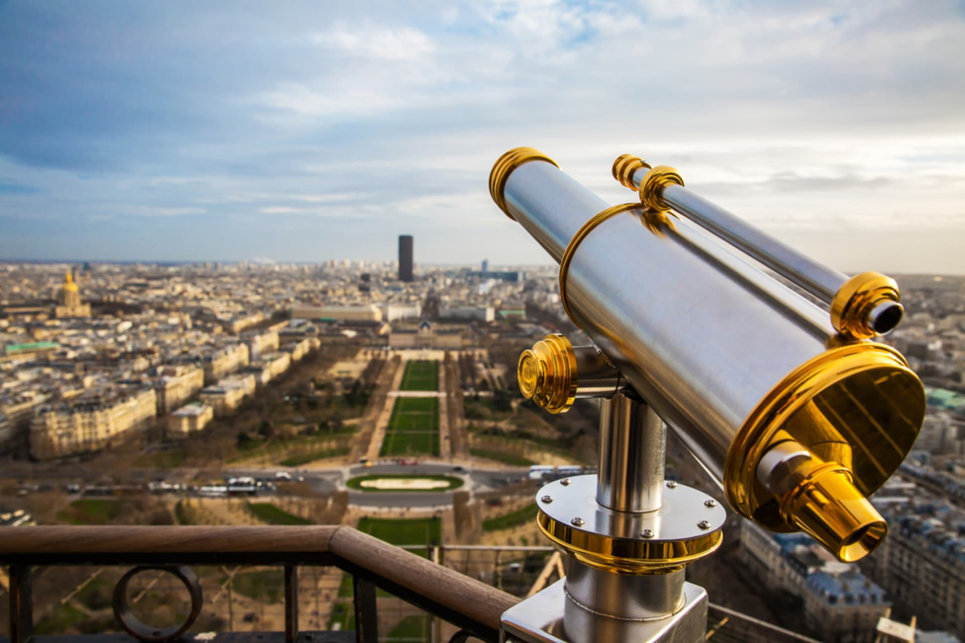 Paris - Eiffer Tower: To the Top