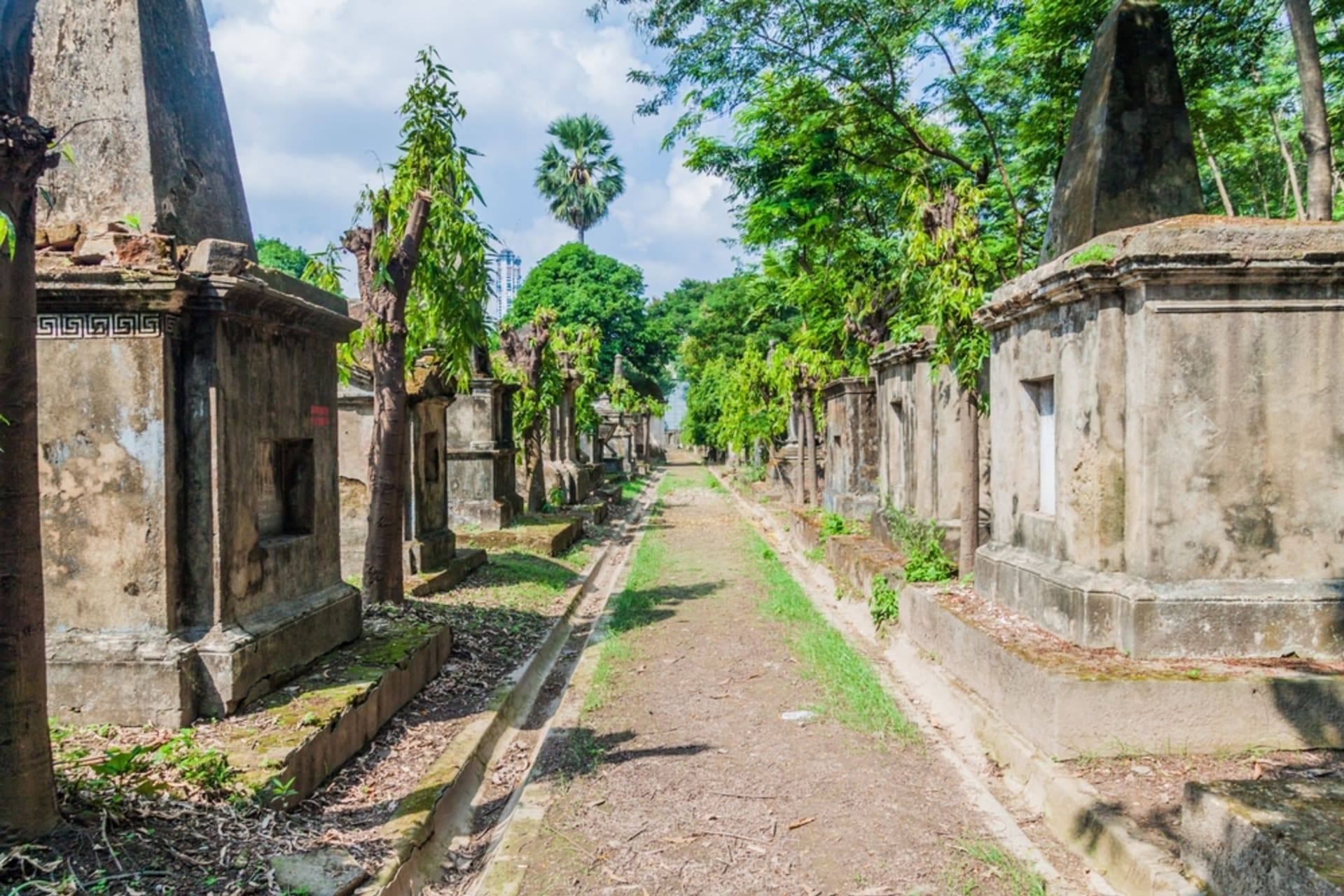 Kolkata - South Park Street Cemetery of Kolkata