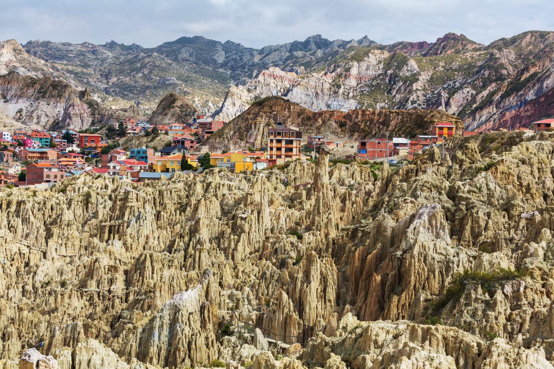 La Paz - Valley of the Moon and some Bolivian Ceramic Art