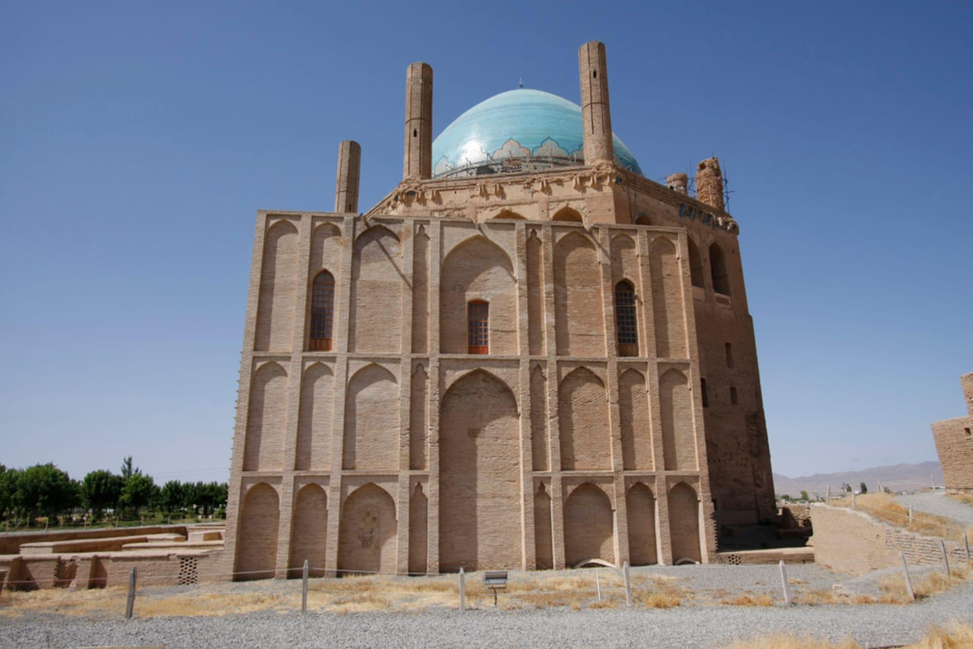 Zanjan - World Heritage site: Mausoleum of Oljeitu (Gonbad-e Soltaniyeh)