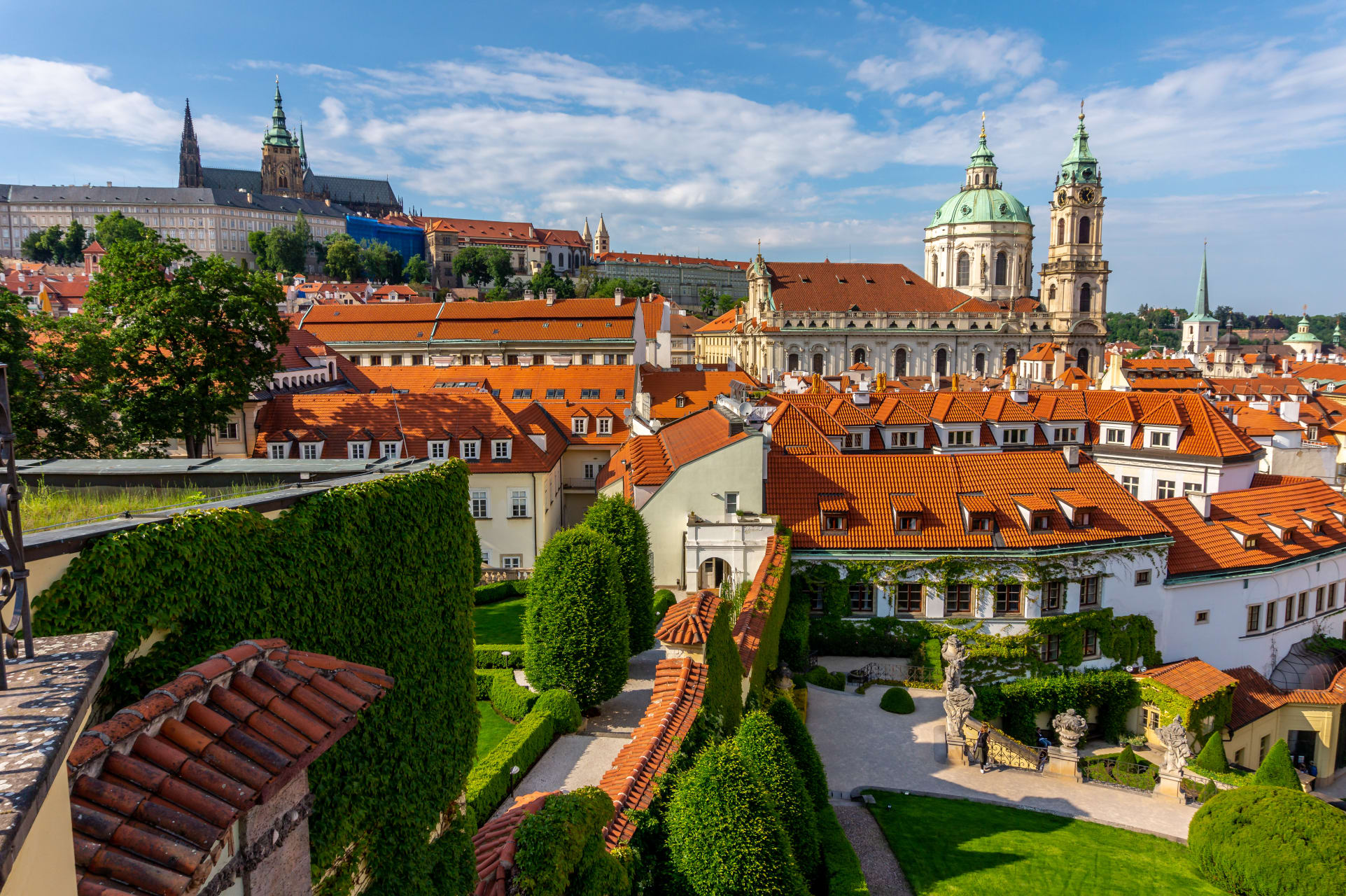 Prague - Once in a year experience - Discover the Most Beautiful Baroque Garden in Europe Magically Illuminated at Night