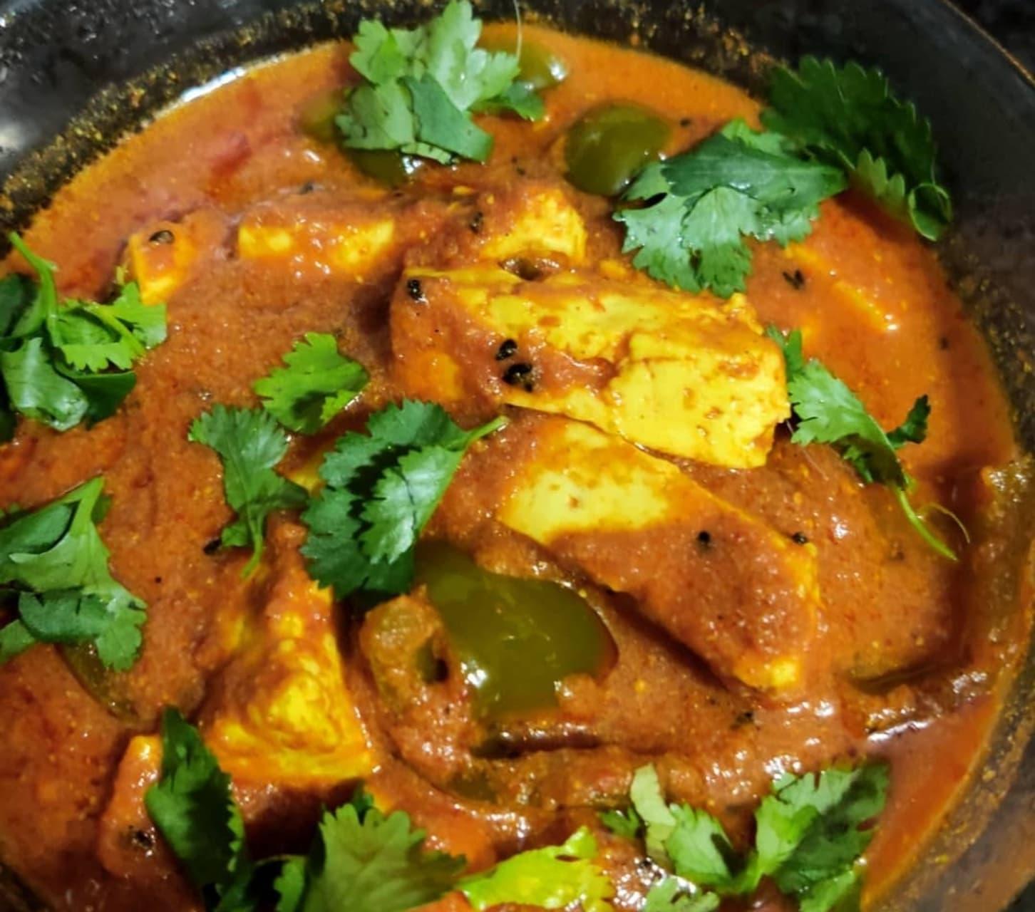 Delhi - Achaari Paneer/tofu/potato- yummy and pickly gravy with cheese