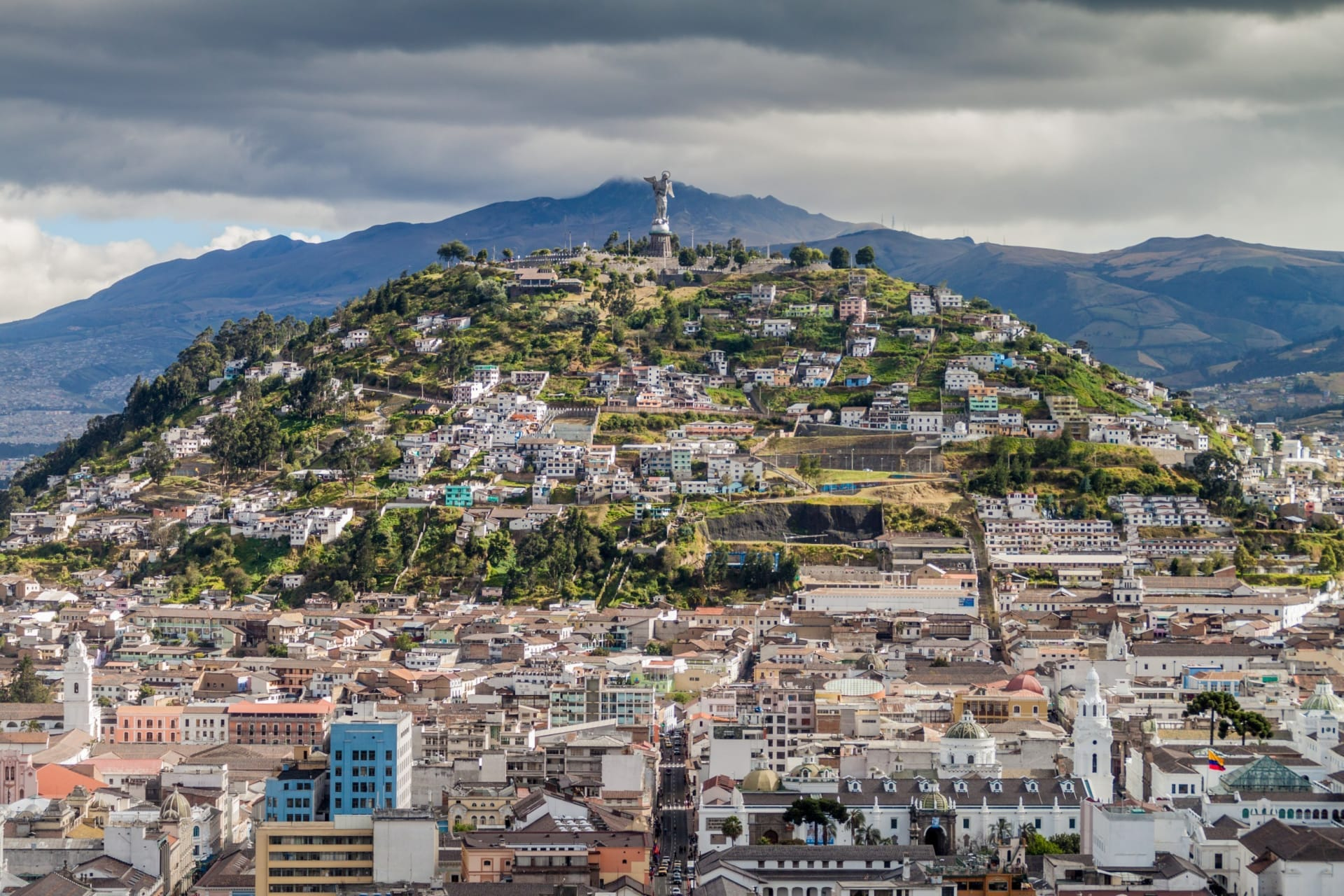 Quito - Meet the Virgin with wings of 41 meters high Quito-Panecillo Mountain