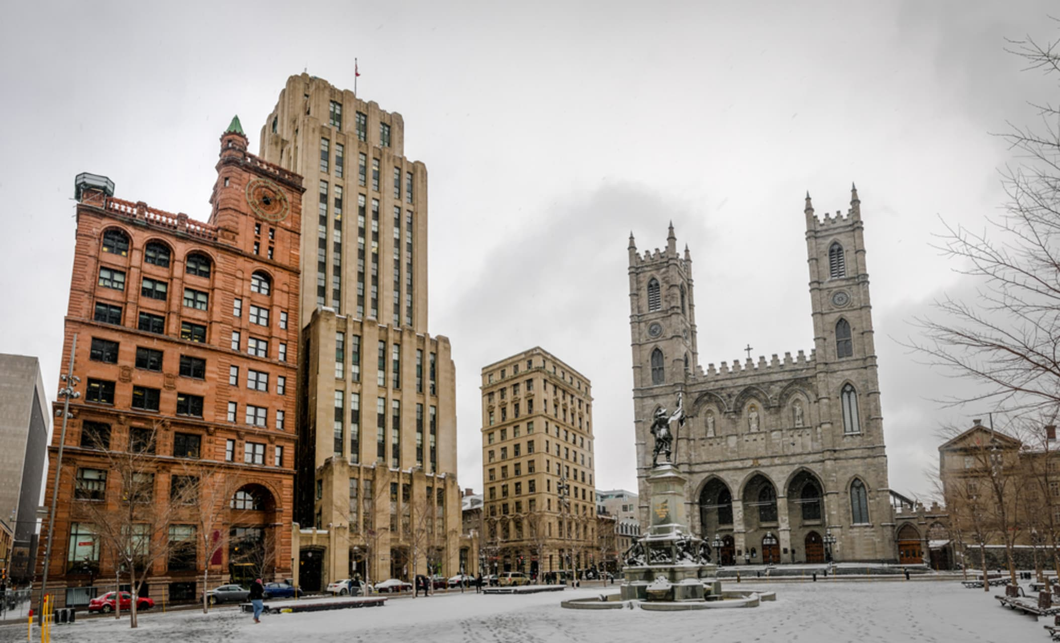 Montreal - Place d'Armes: 1 Public Square, 350 Years of History and Architecture