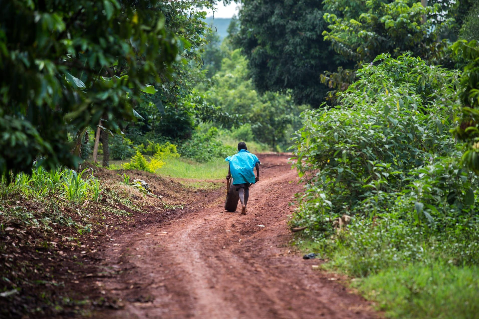 Kampala - A Round Community Walk Stroll